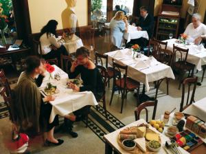 Cafe Gerloczy Budapest Breakfast